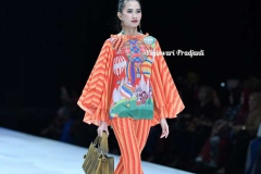 Yogis_3_Indonesia-Fashion-Week-2019