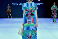 Yogis_8_Indonesia-Fashion-Week-2019